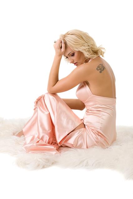 female model tattoo regret